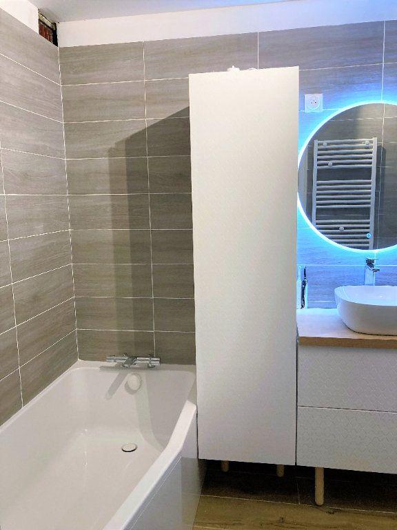 Appartement à vendre 4 109m2 à Beauvais vignette-7