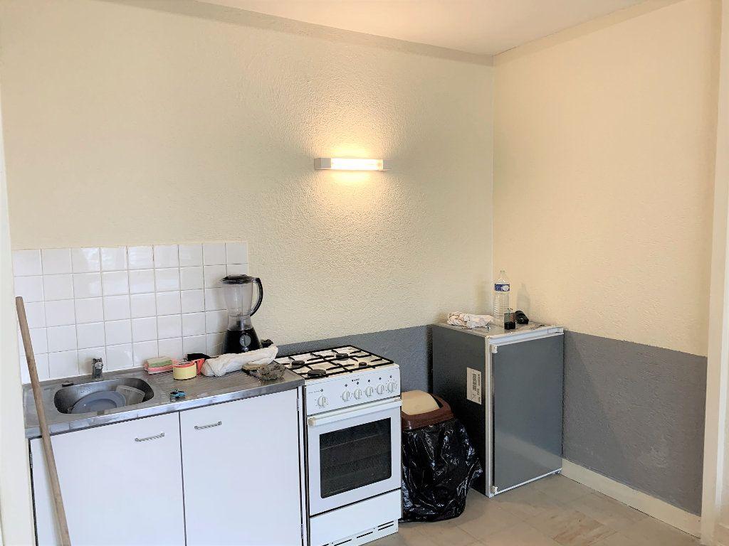 Appartement à vendre 1 30.64m2 à Beauvais vignette-2