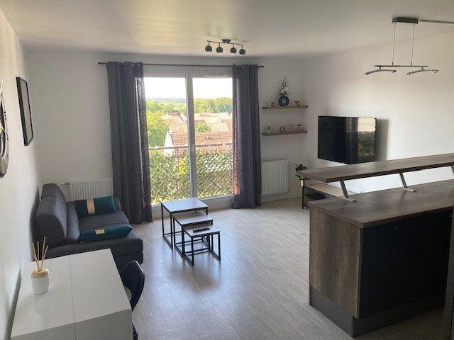 Appartement à louer 3 61.47m2 à Beauvais vignette-3