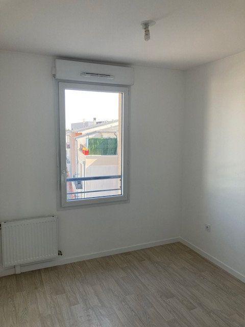 Appartement à louer 3 61.47m2 à Beauvais vignette-6