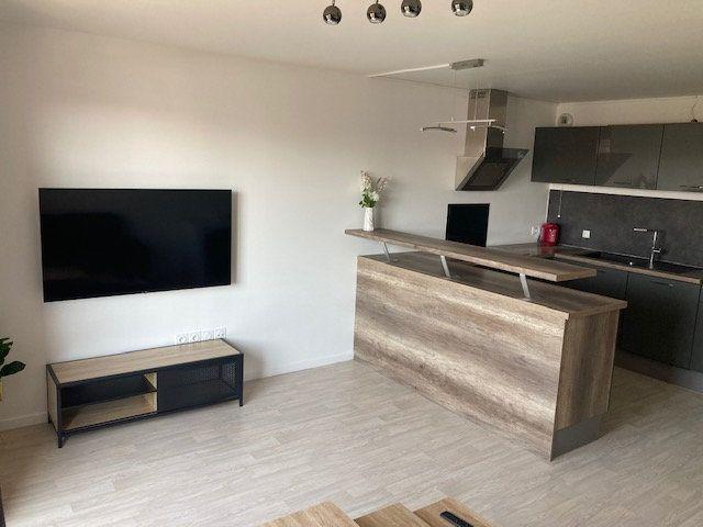 Appartement à louer 3 61.47m2 à Beauvais vignette-8