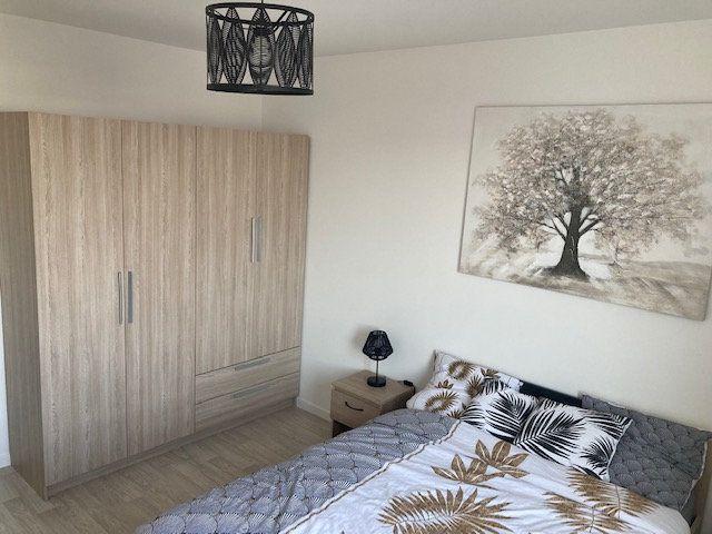Appartement à louer 3 61.47m2 à Beauvais vignette-9