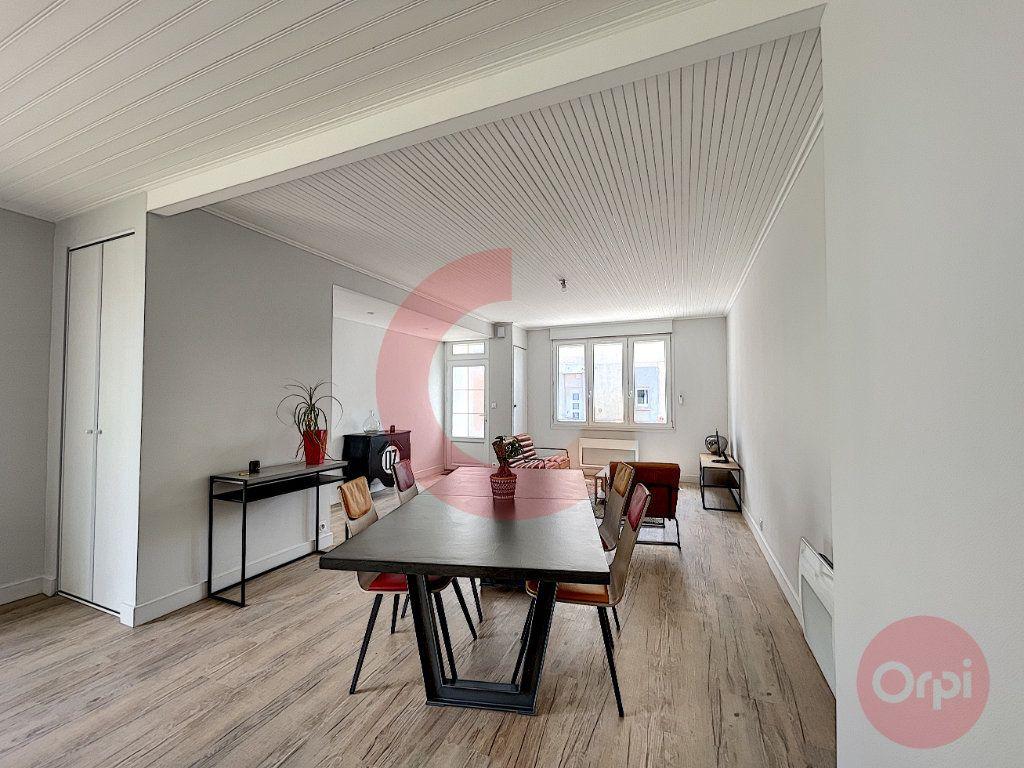 Maison à vendre 5 97.32m2 à Challans vignette-7