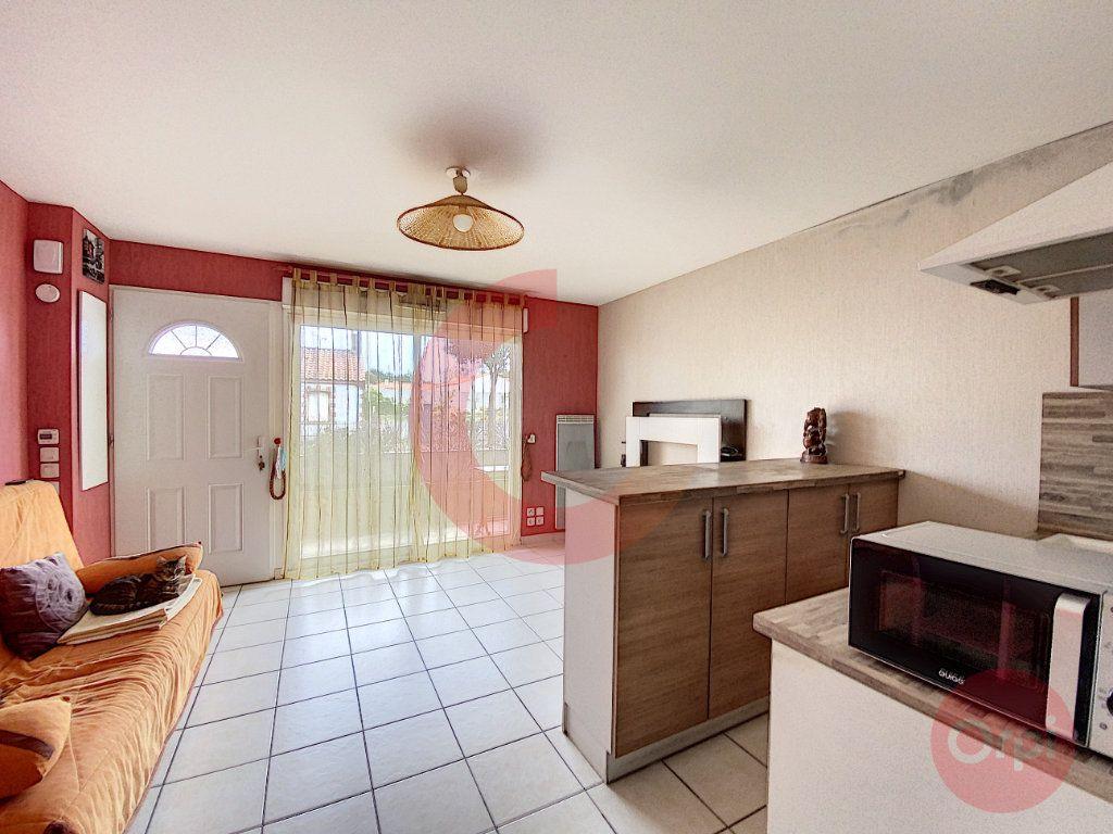 Appartement à vendre 1 25.29m2 à Saint-Jean-de-Monts vignette-2