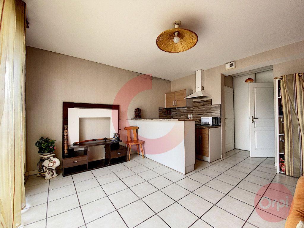 Appartement à vendre 1 25.29m2 à Saint-Jean-de-Monts vignette-3