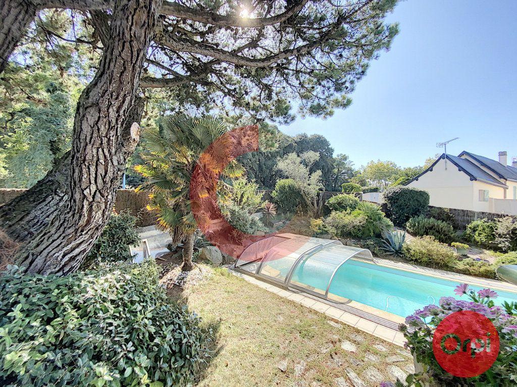 Maison à vendre 5 175m2 à Saint-Jean-de-Monts vignette-2
