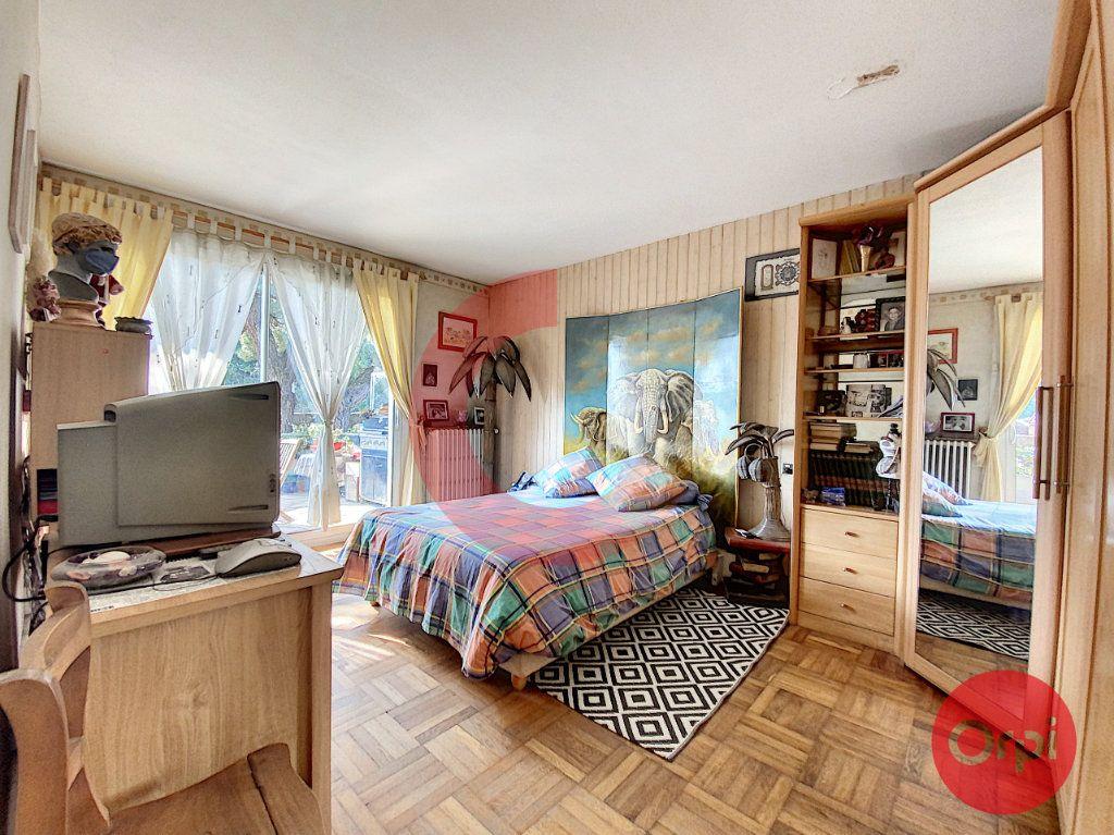Maison à vendre 5 175m2 à Saint-Jean-de-Monts vignette-7