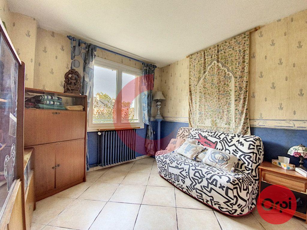 Maison à vendre 5 175m2 à Saint-Jean-de-Monts vignette-9