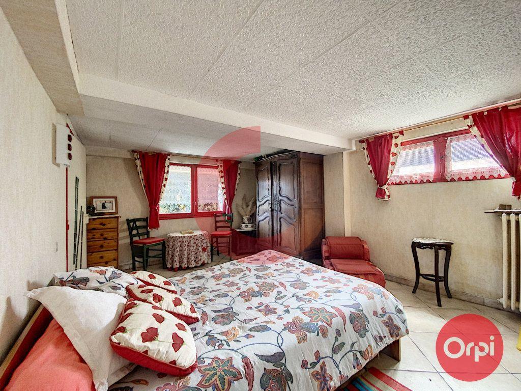 Maison à vendre 5 175m2 à Saint-Jean-de-Monts vignette-10