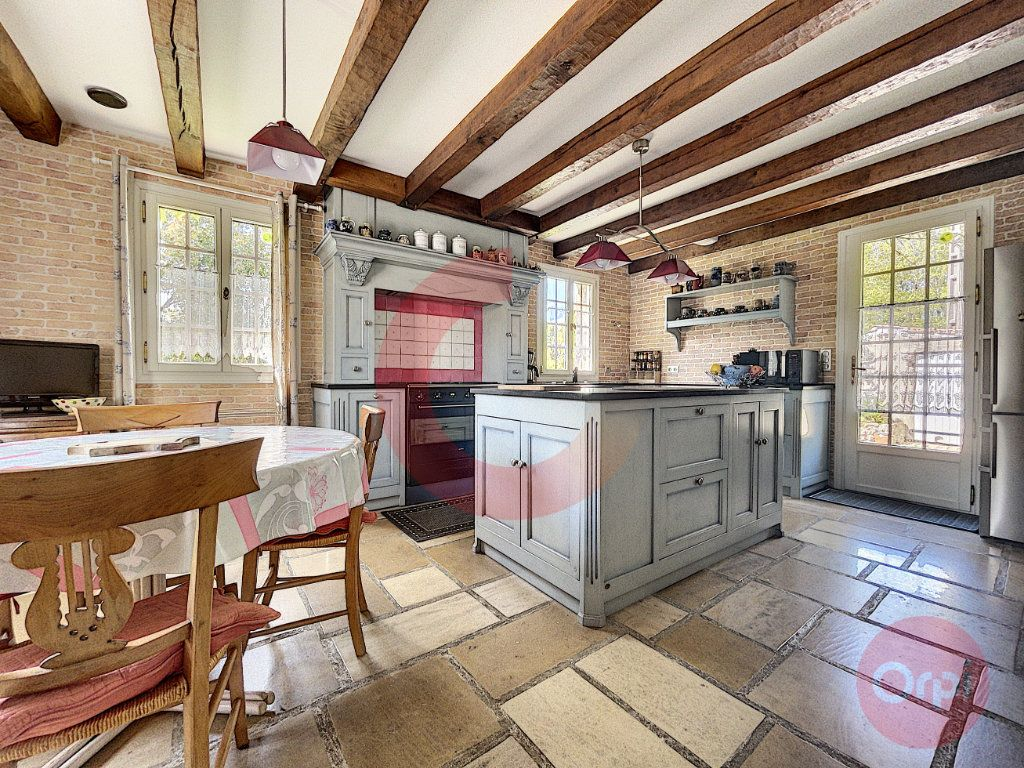 Maison à vendre 10 350m2 à La Garnache vignette-4