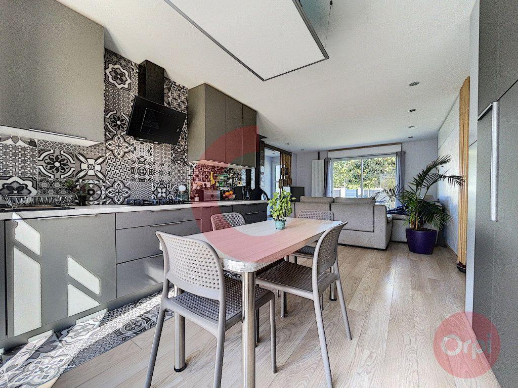 Maison à vendre 5 90m2 à Challans vignette-5