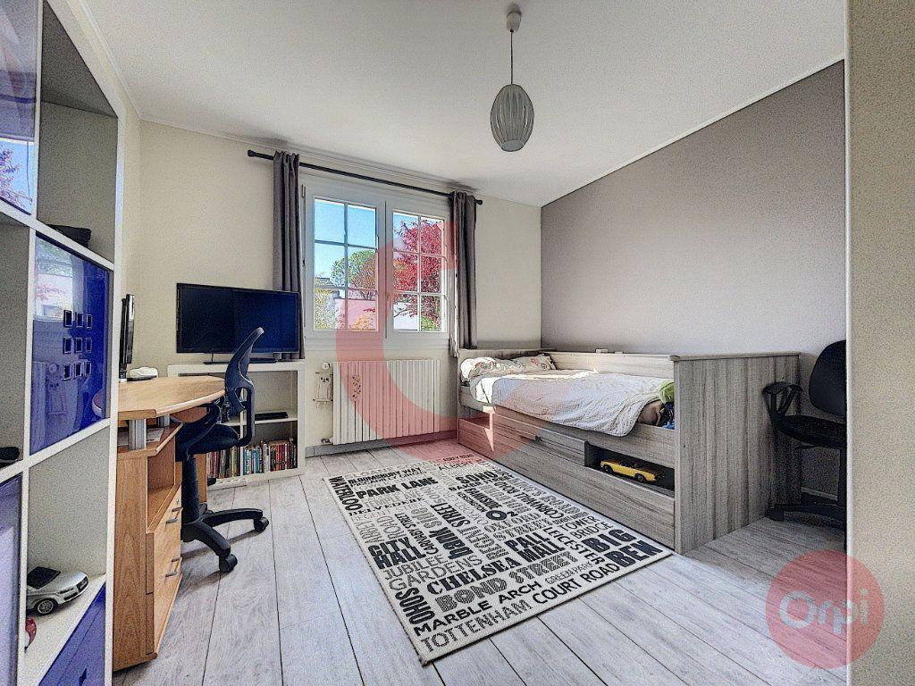 Maison à vendre 5 90m2 à Challans vignette-7