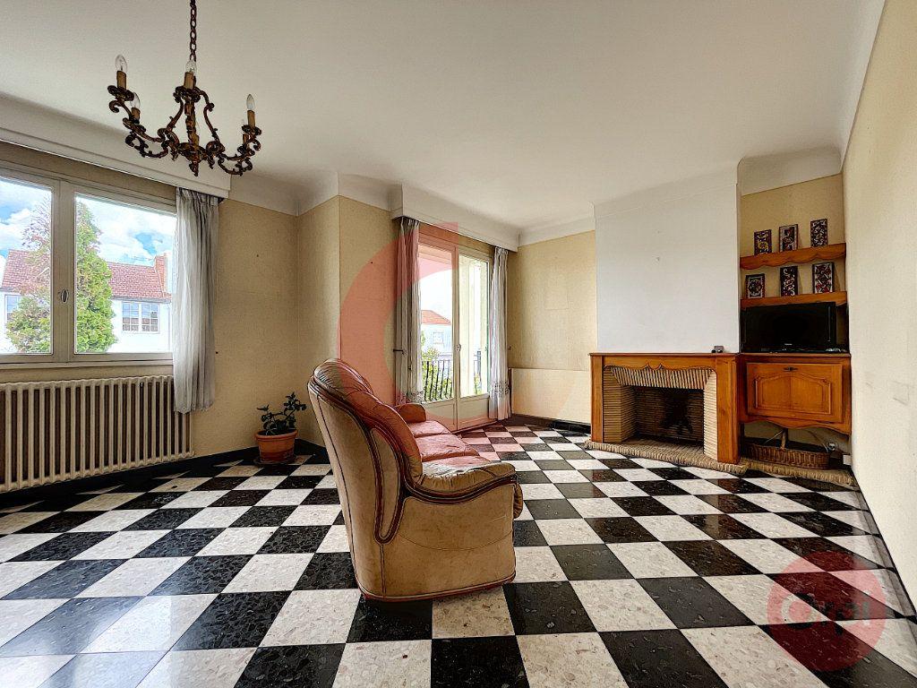 Maison à vendre 4 79m2 à Challans vignette-5