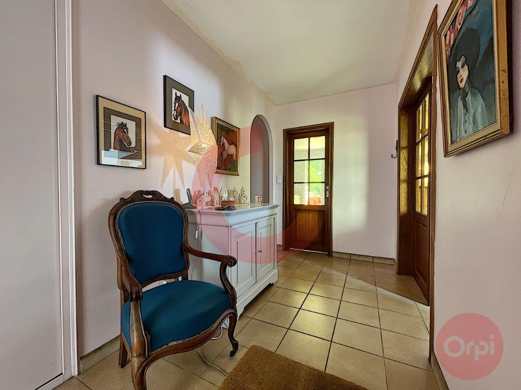 Maison à vendre 4 124m2 à Challans vignette-2