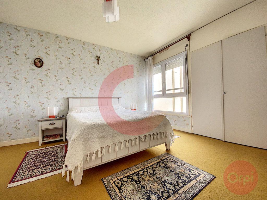Appartement à vendre 2 40.29m2 à Saint-Jean-de-Monts vignette-2