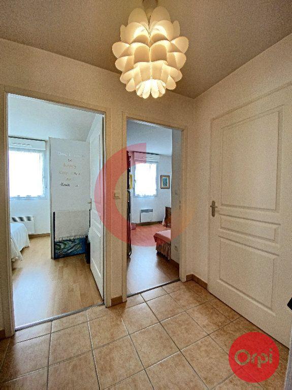 Appartement à vendre 3 63m2 à Saint-Jean-de-Monts vignette-8