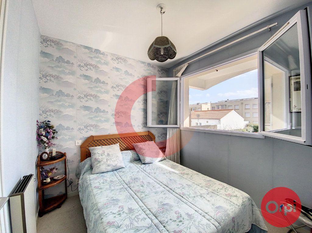 Appartement à vendre 2 32.21m2 à Saint-Jean-de-Monts vignette-3