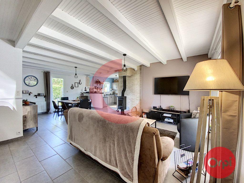 Maison à vendre 5 102m2 à Le Perrier vignette-4