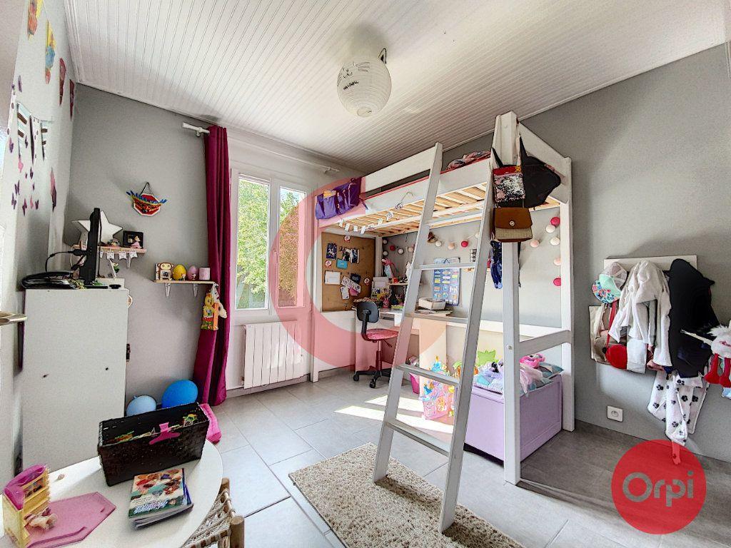 Maison à vendre 5 102m2 à Le Perrier vignette-11
