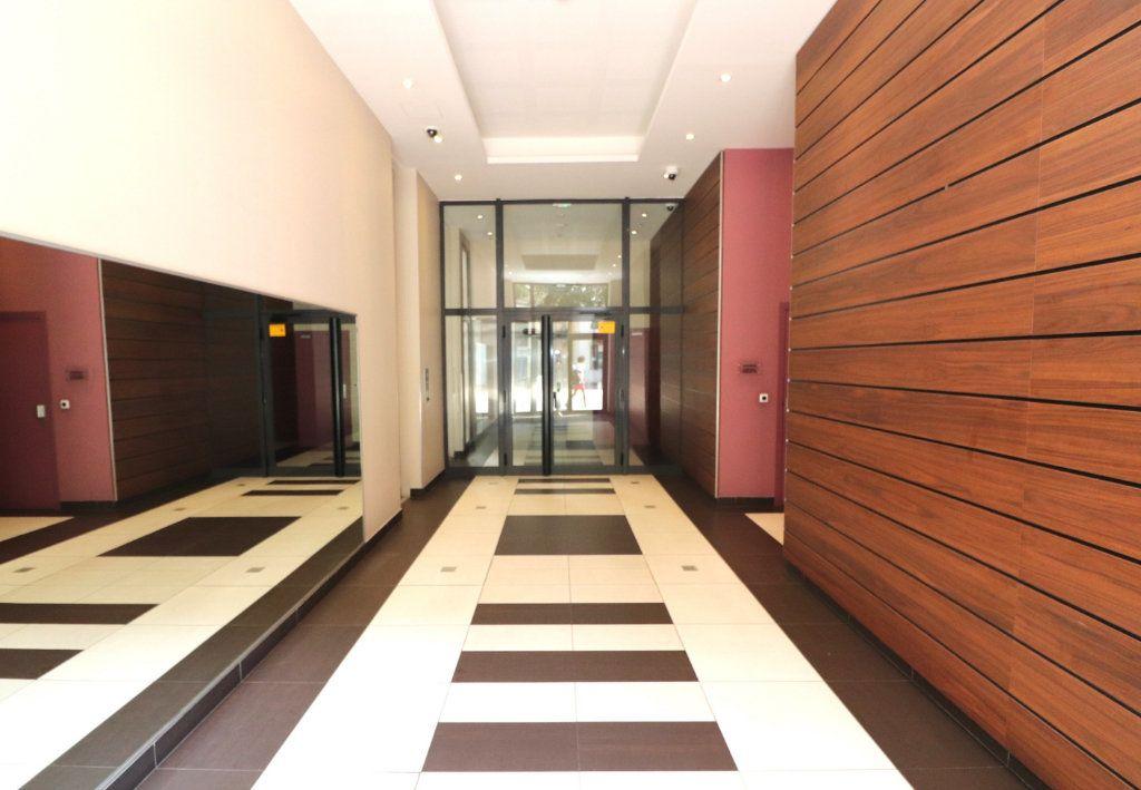 Appartement à vendre 2 50m2 à Nice vignette-2