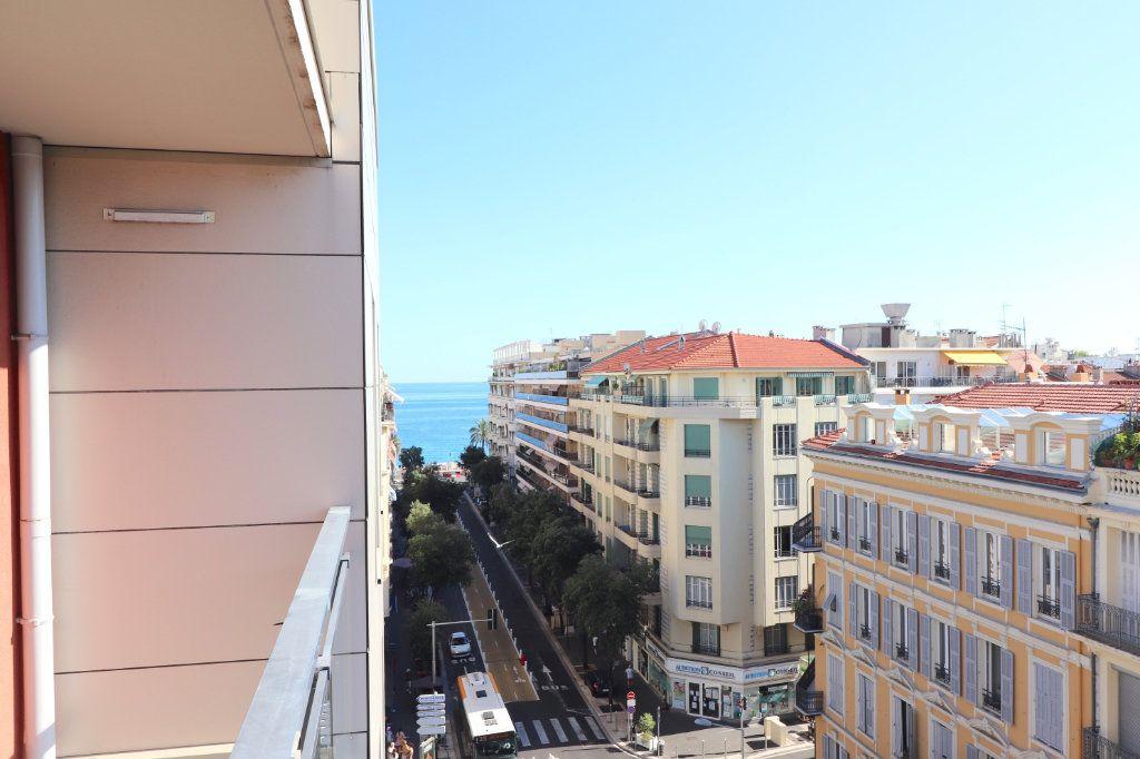 Appartement à vendre 2 50m2 à Nice vignette-3