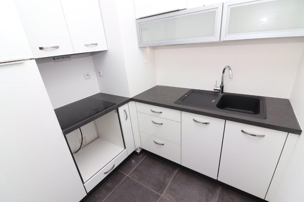 Appartement à vendre 2 50m2 à Nice vignette-8