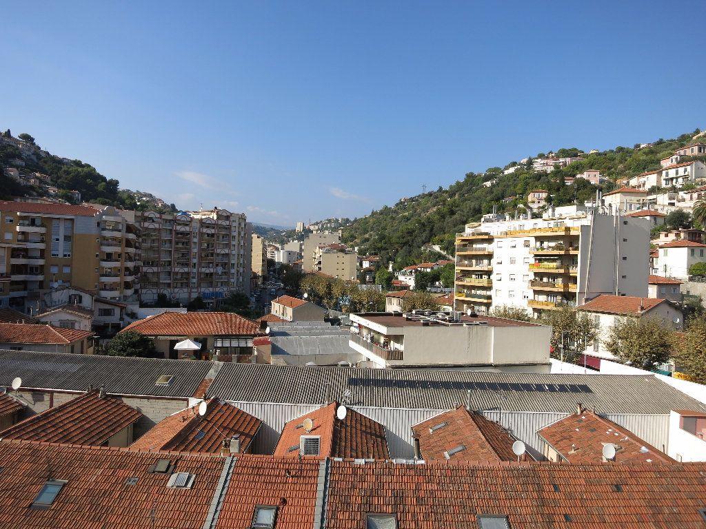 Appartement à louer 1 33.54m2 à Nice vignette-10