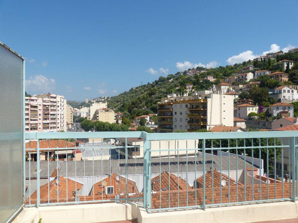 Appartement à louer 1 33.54m2 à Nice vignette-11