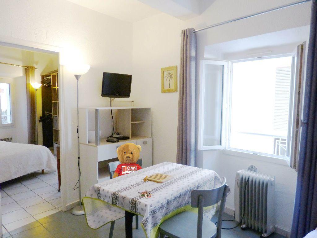 Appartement à louer 2 25m2 à Nice vignette-1