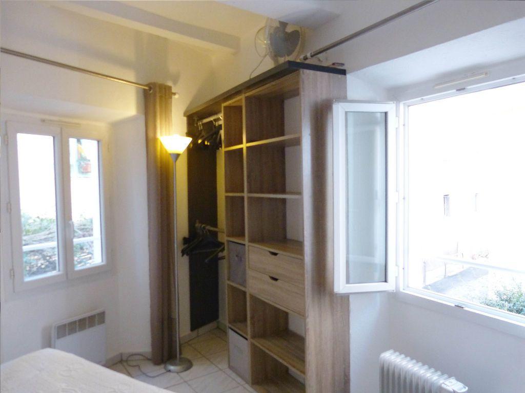 Appartement à louer 2 25m2 à Nice vignette-2