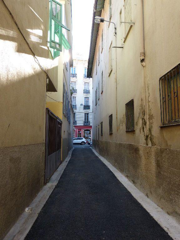 Appartement à louer 2 25m2 à Nice vignette-10