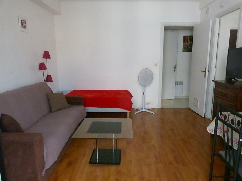 Appartement à louer 1 30.55m2 à Nice vignette-1