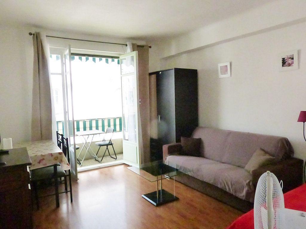 Appartement à louer 1 30.55m2 à Nice vignette-4