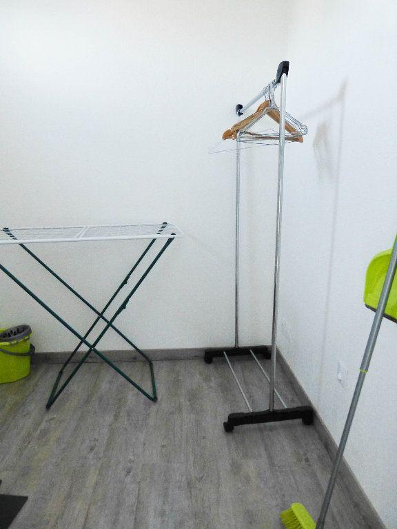 Appartement à louer 1 23.25m2 à Nice vignette-5