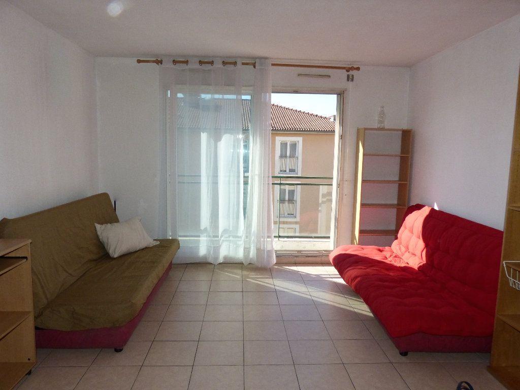Appartement à louer 2 36.13m2 à Nice vignette-2
