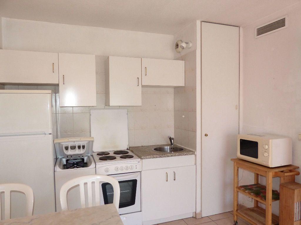 Appartement à louer 2 36.13m2 à Nice vignette-3
