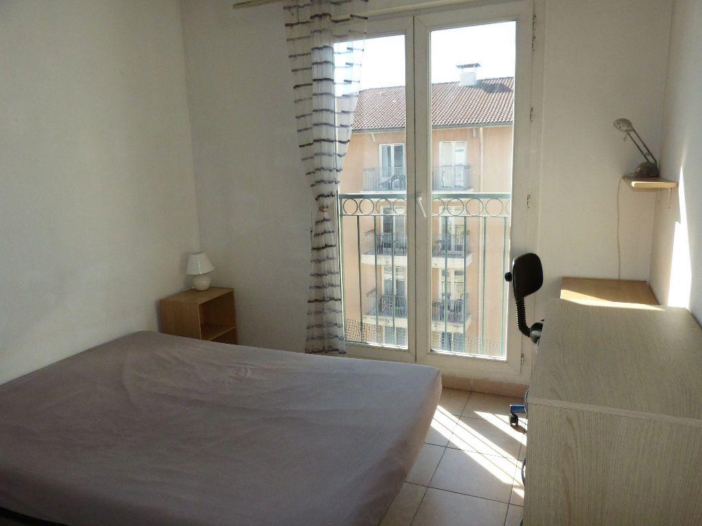 Appartement à louer 2 36.13m2 à Nice vignette-4