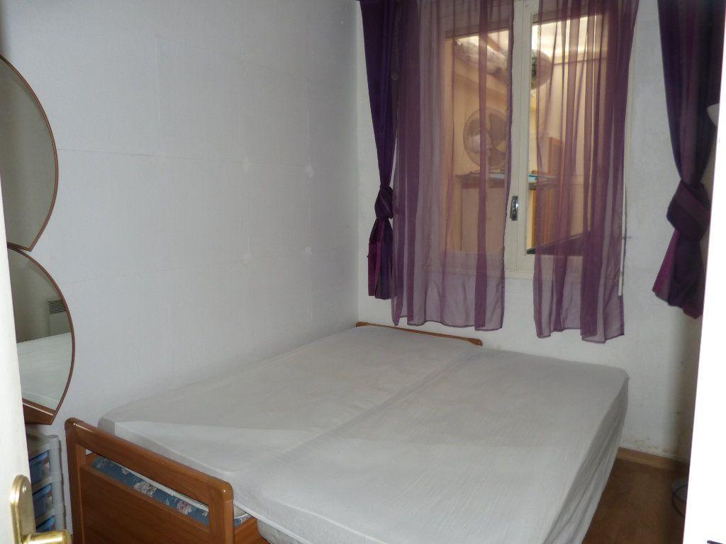 Appartement à louer 2 28.28m2 à Nice vignette-4