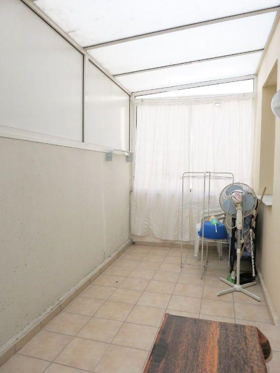 Appartement à louer 2 28.28m2 à Nice vignette-5