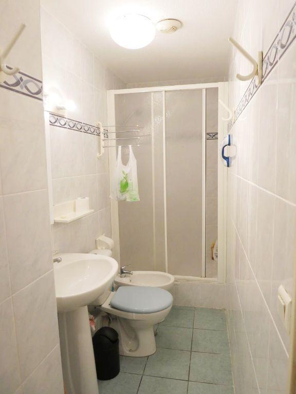 Appartement à louer 2 28.28m2 à Nice vignette-6