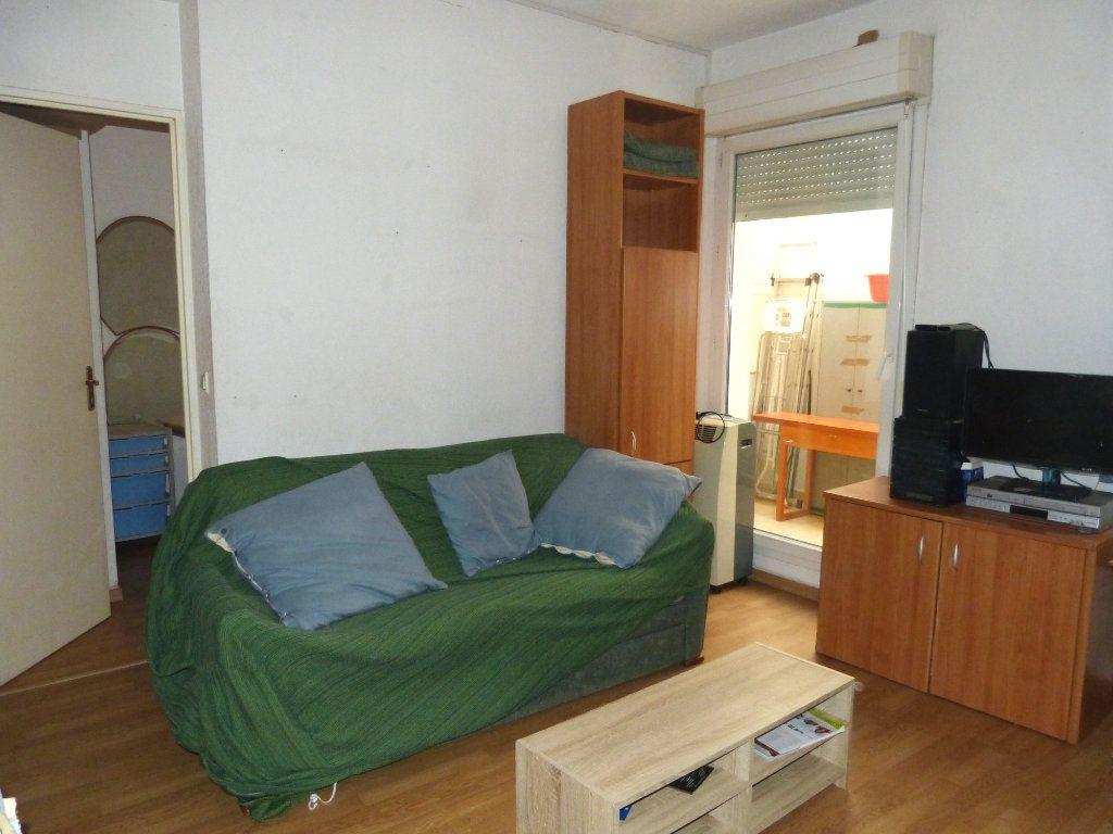 Appartement à louer 2 28.28m2 à Nice vignette-7