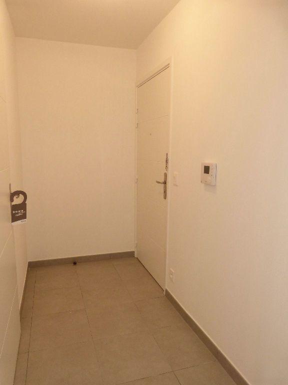 Appartement à louer 2 37.5m2 à Nice vignette-6