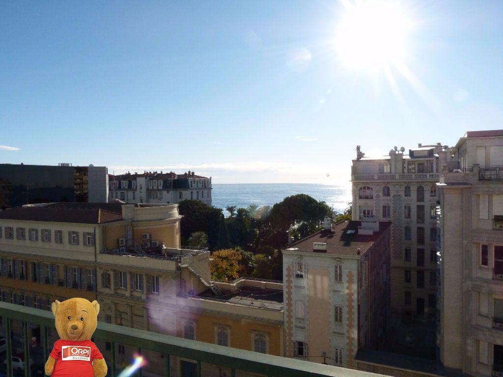 Appartement à louer 2 39.24m2 à Nice vignette-1