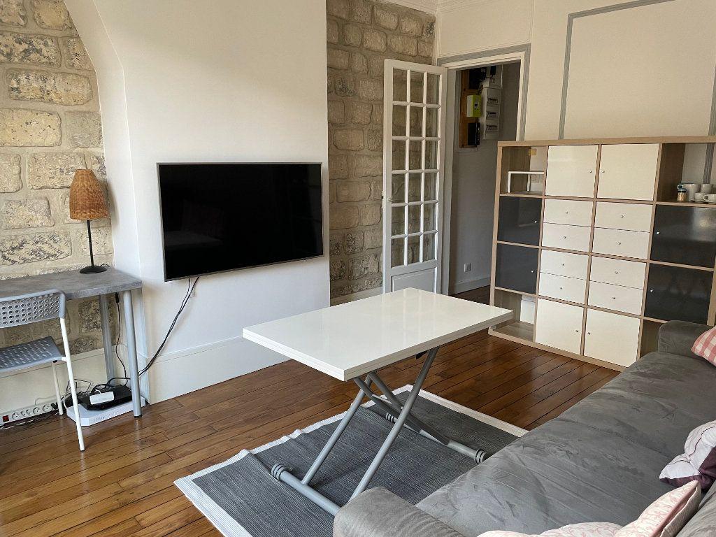 Appartement à louer 2 44.22m2 à Paris 15 vignette-3