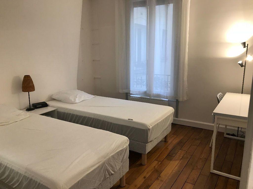 Appartement à louer 2 44.22m2 à Paris 15 vignette-7