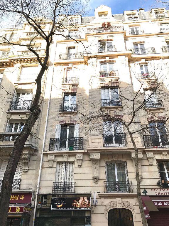 Appartement à louer 2 44.22m2 à Paris 15 vignette-10
