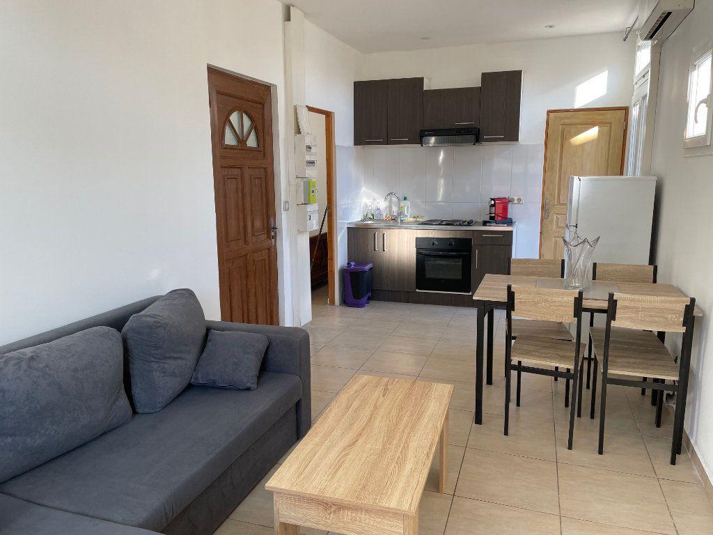Appartement à louer 2 31m2 à Nice vignette-1