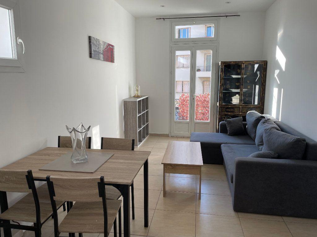 Appartement à louer 2 31m2 à Nice vignette-3