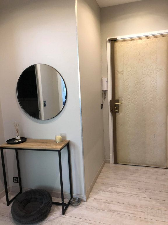 Appartement à louer 2 36m2 à Nice vignette-9