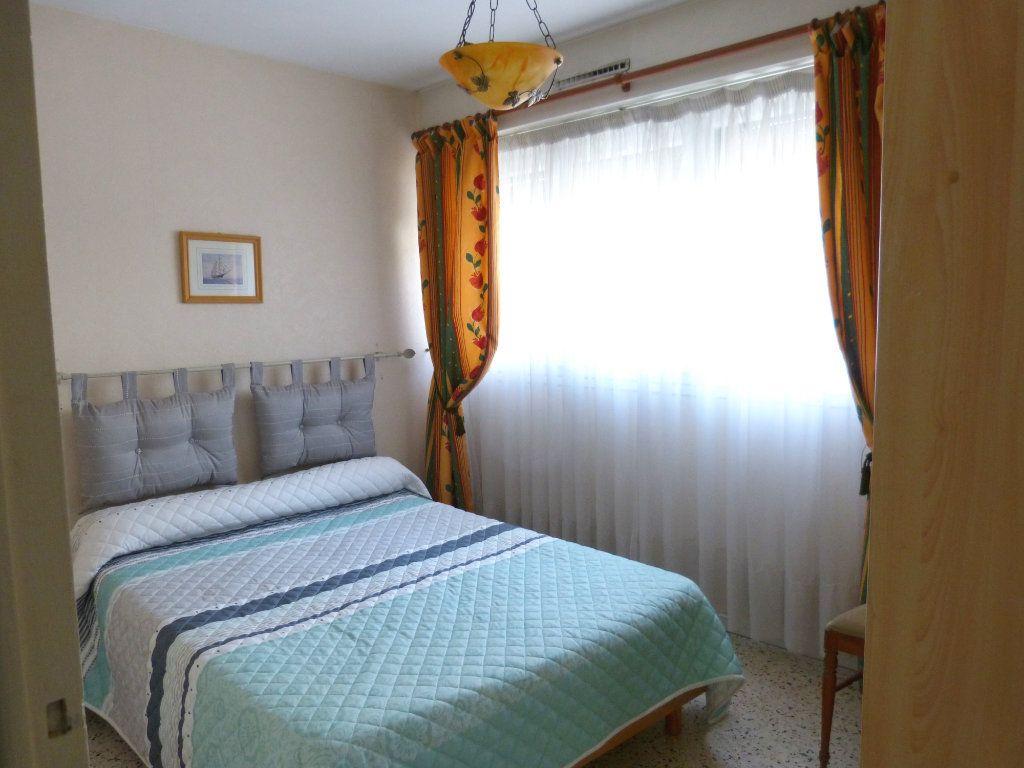 Appartement à louer 2 38.39m2 à Nice vignette-8